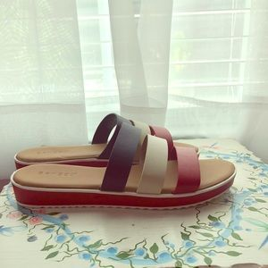 Comfy Red White & Blue 3 Strap Sandals